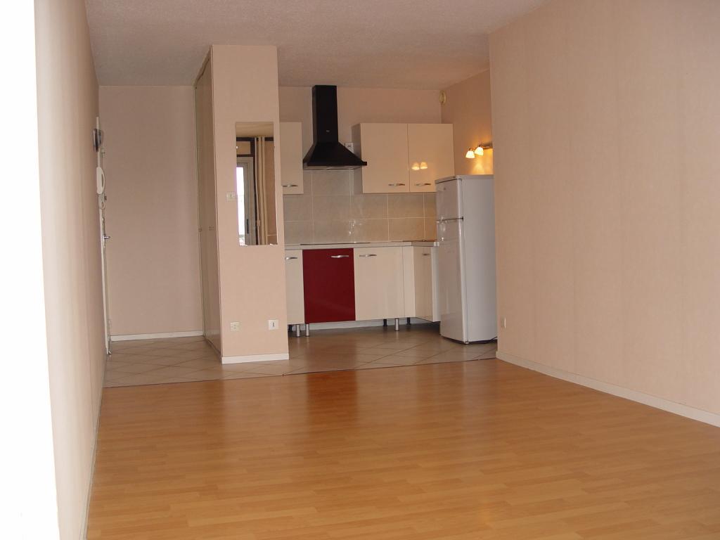Location particulier Vandoeuvre-lès-Nancy, appartement, de 40m²