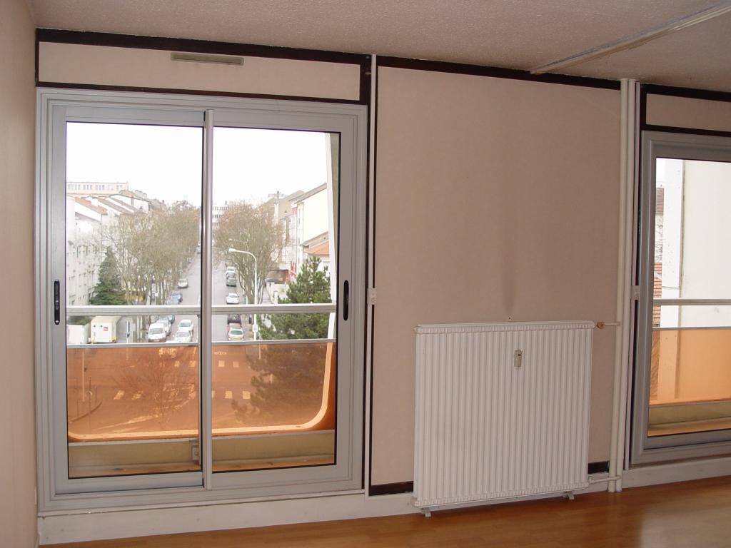 location de 2 pi ces entre particuliers vandoeuvre les nancy 530 40 m. Black Bedroom Furniture Sets. Home Design Ideas