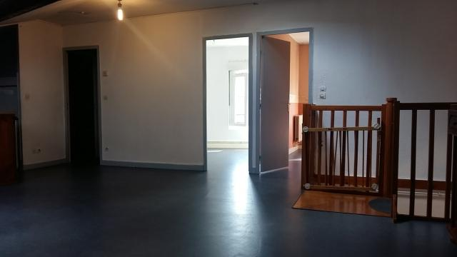 Location appartement T3 Le Chambon Feugerolles - Photo 1