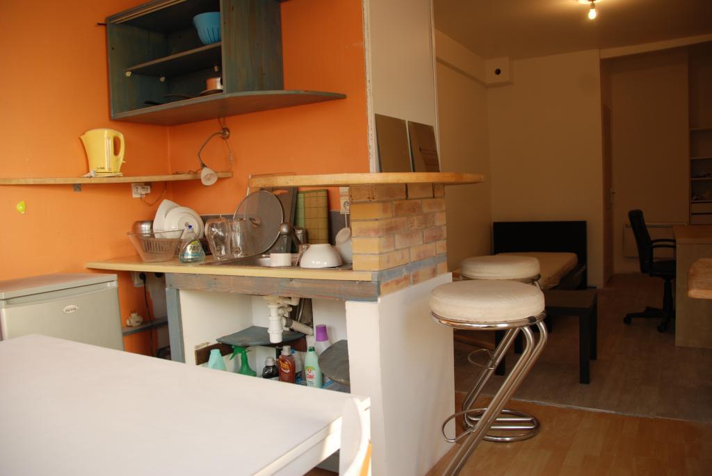 location d 39 appartement t2 meubl entre particuliers brest 400 29 m. Black Bedroom Furniture Sets. Home Design Ideas