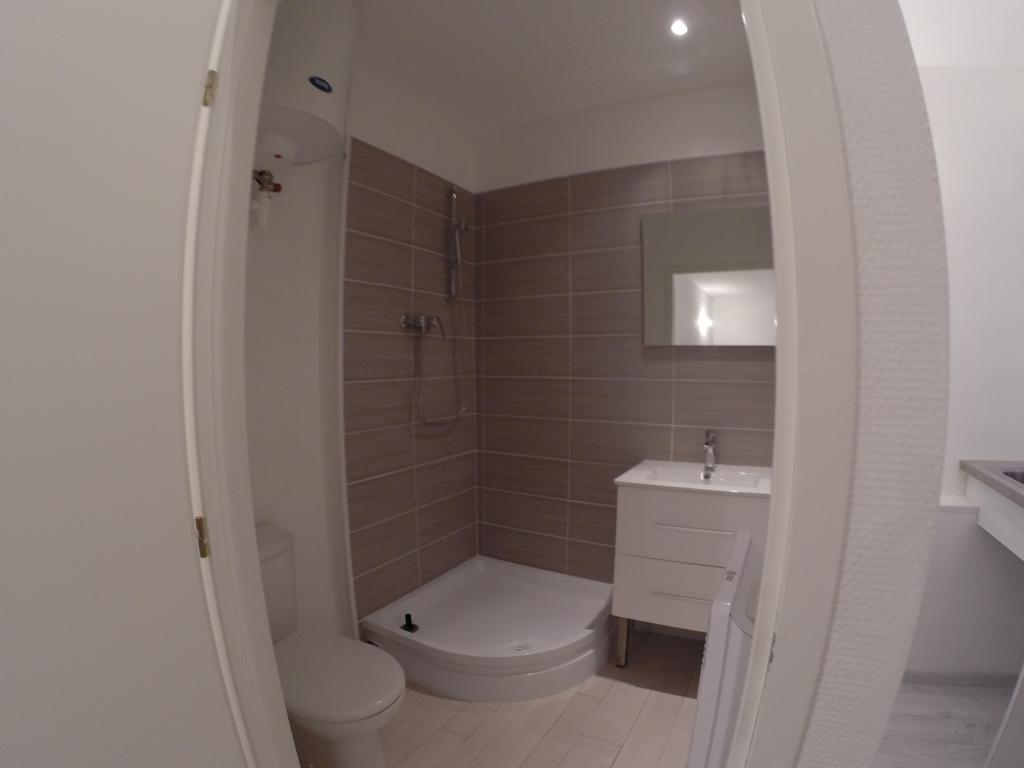 location de studio entre particuliers toulouse 490 18 m. Black Bedroom Furniture Sets. Home Design Ideas