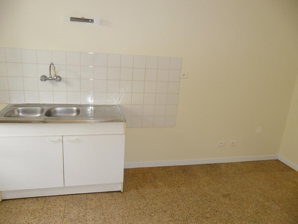 Location particulier à particulier, appartement à Saint-Berain-sous-Sanvignes, 62m²