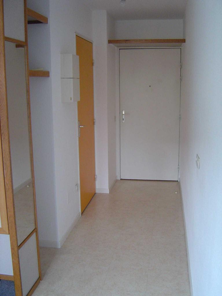 location de studio de particulier particulier lyon. Black Bedroom Furniture Sets. Home Design Ideas