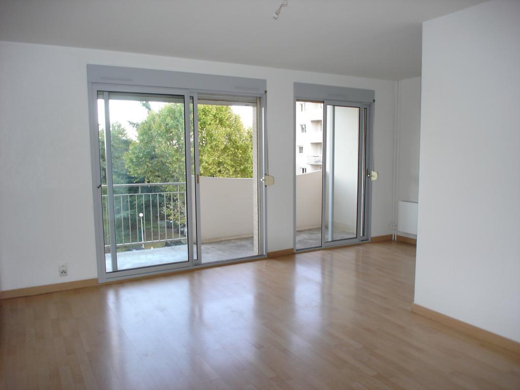 location d 39 appartement t2 entre particuliers toulouse 510 40 m. Black Bedroom Furniture Sets. Home Design Ideas