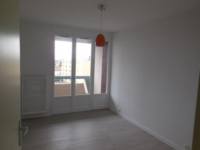 Location appartement T4 Bourg les Valence - Photo 3