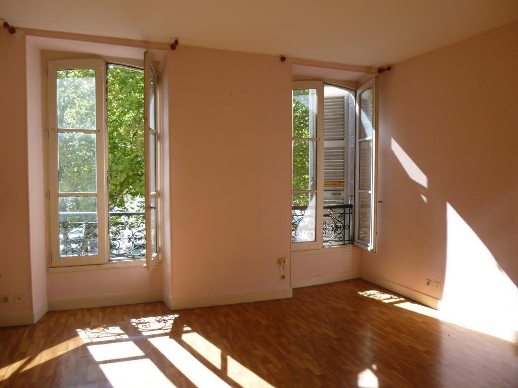 location d 39 appartement t2 de particulier particulier pau 520 70 m. Black Bedroom Furniture Sets. Home Design Ideas