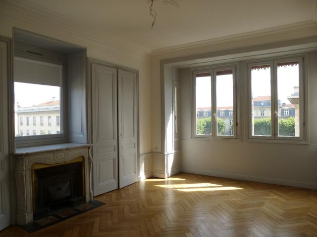 Location appartement T5 Lyon 7 - Photo 2