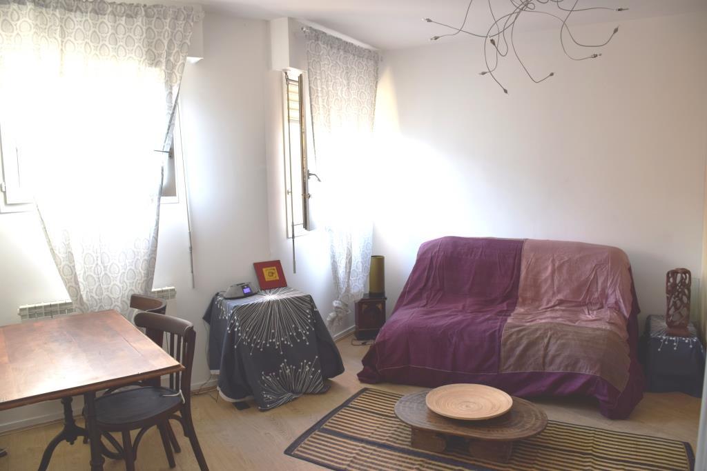 Location immobilière par particulier, Paris 20, type studio, 24m²
