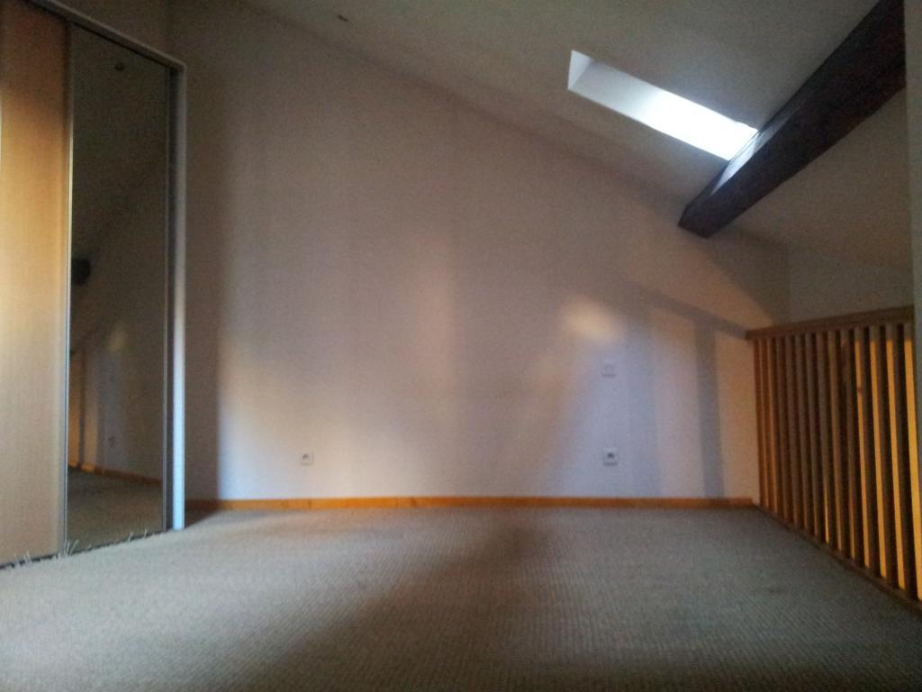 Location d 39 appartement t2 de particulier particulier for Location appartement atypique grenoble