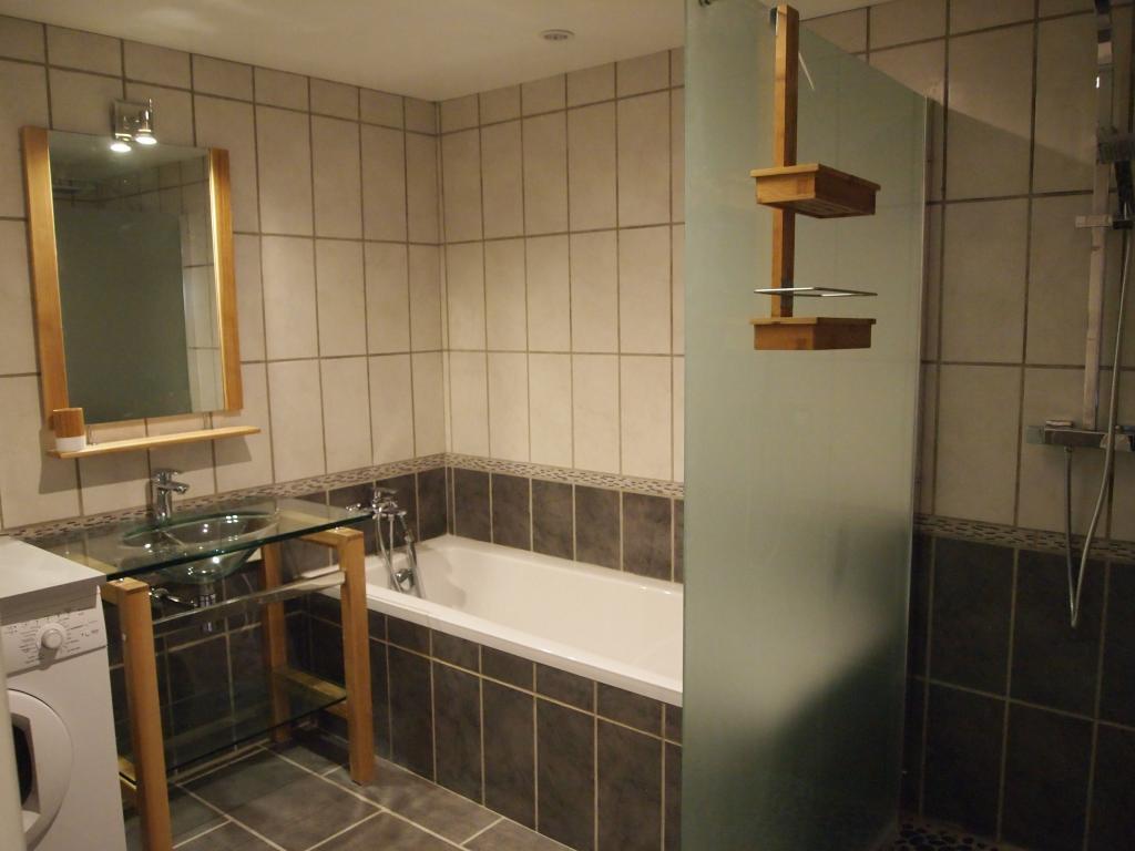 Location d 39 appartement t3 meubl entre particuliers au for Location d appartement meuble