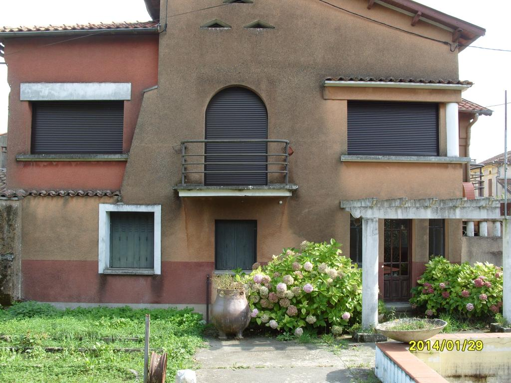 De particulier à particulier Pouy-de-Touges, appartement maison, 153m²