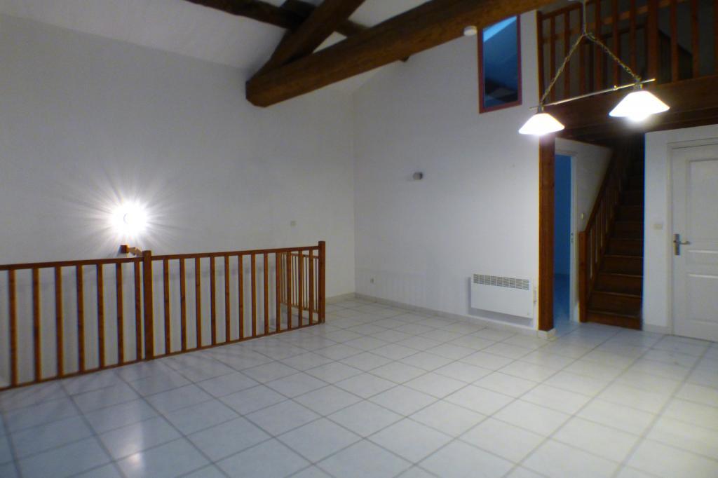Location appartement entre particulier Marsillargues, appartement de 103m²