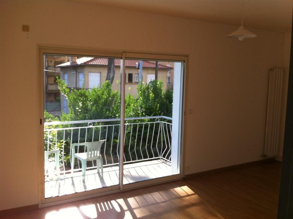 Location d 39 appartement t4 sans frais d 39 agence toulouse for Appartement atypique toulouse location