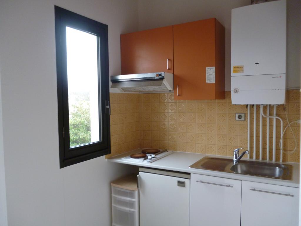 Location appartement la rochelle entre particuliers for Combien coute une cuisine amenagee