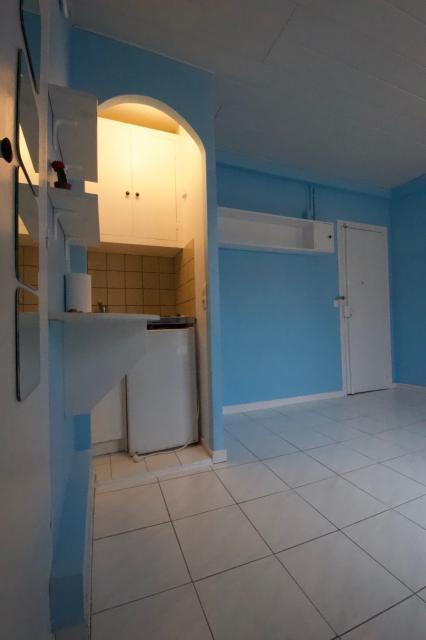 logement tudiant paris 05 de particulier particulier. Black Bedroom Furniture Sets. Home Design Ideas