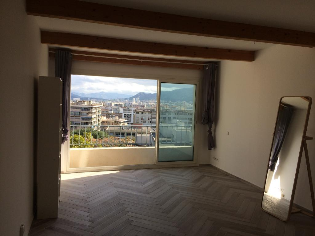 Appartement particulier, studio, de 30m² à Marseille 08