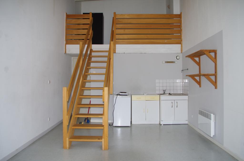 location d 39 appartement t2 entre particuliers nancy 400 37 m. Black Bedroom Furniture Sets. Home Design Ideas