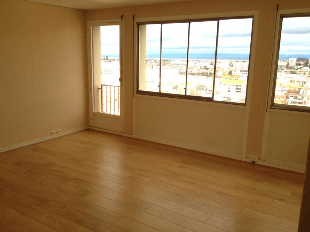 location d 39 appartement t3 de particulier clermont ferrand 700 69 m. Black Bedroom Furniture Sets. Home Design Ideas