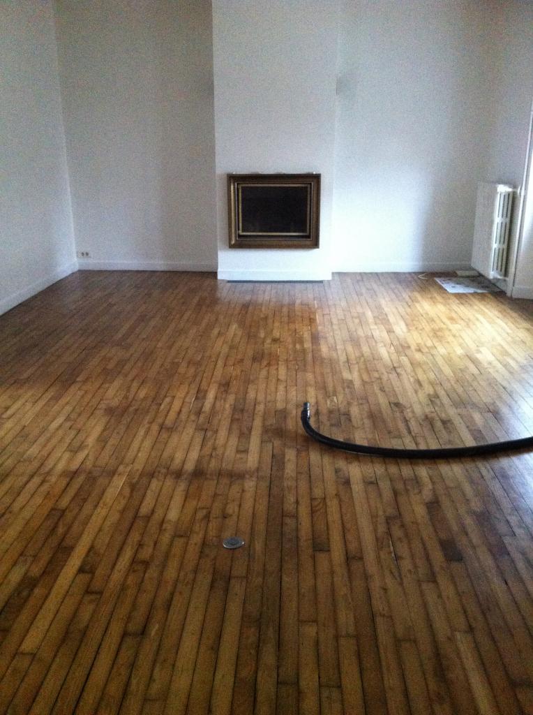 location de maison f4 de particulier vannes 1200 135 m. Black Bedroom Furniture Sets. Home Design Ideas