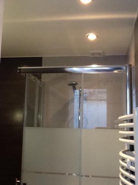 location de studio meubl de particulier paris 11 984 23 m. Black Bedroom Furniture Sets. Home Design Ideas