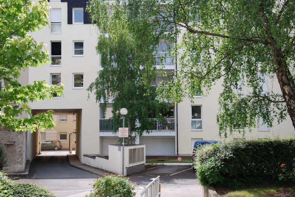 location d 39 appartement t2 entre particuliers dijon 620 52 m. Black Bedroom Furniture Sets. Home Design Ideas