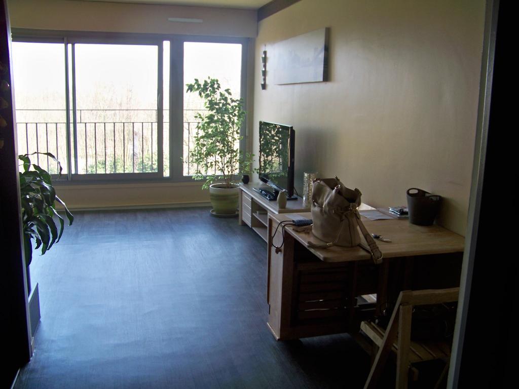 Location particulier à particulier, studio à Brunoy, 43m²