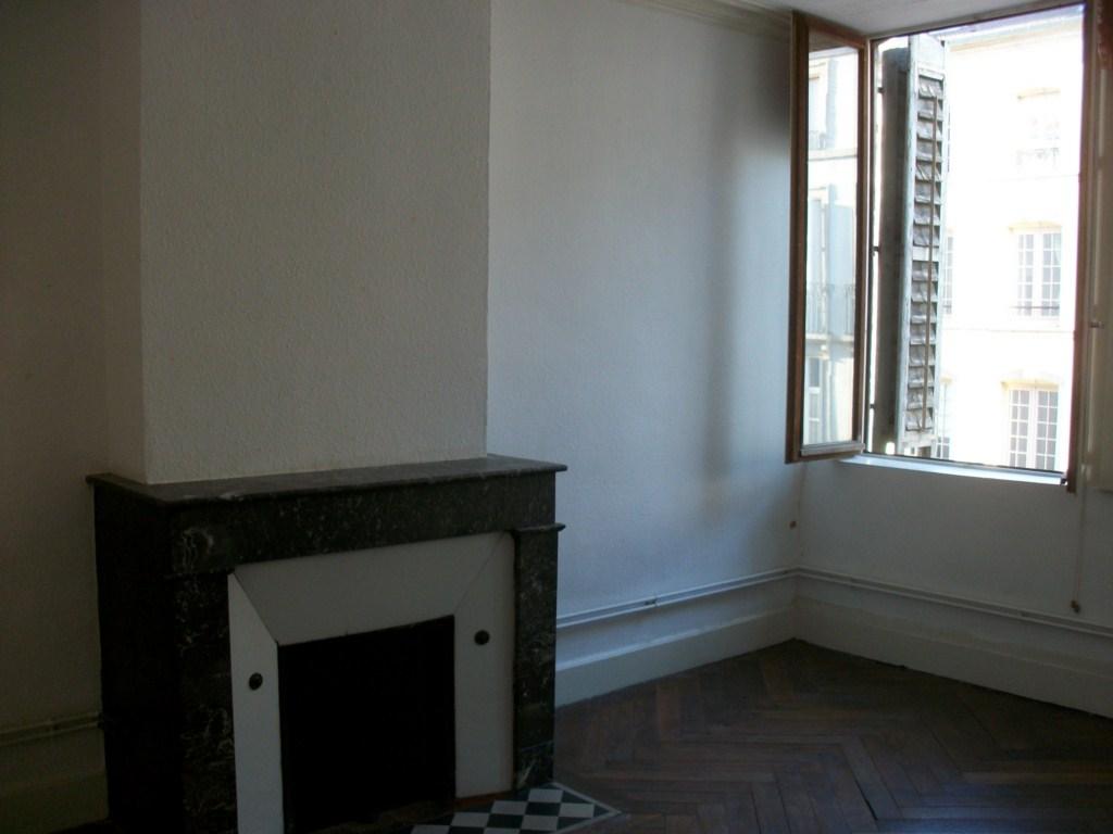 location de 3 pi ces de particulier particulier nancy 700 67 m. Black Bedroom Furniture Sets. Home Design Ideas