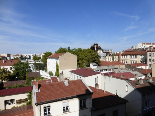 Location appartement T2 Lyon 8 - Photo 4