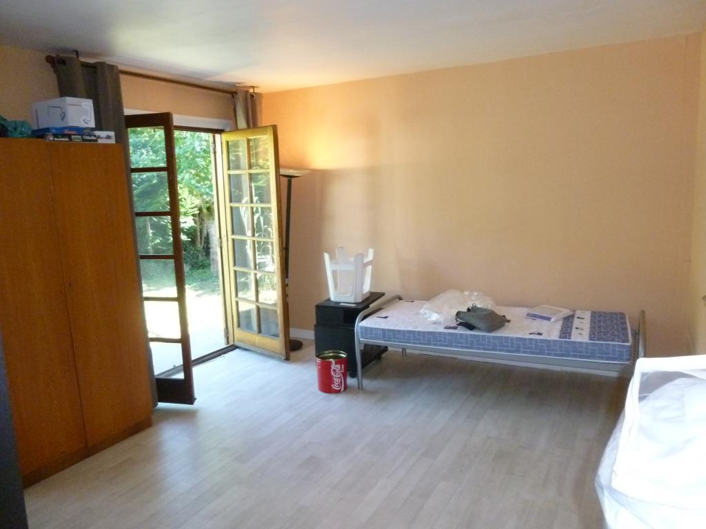 De particulier à particulier, chambre à Igny, 20m²