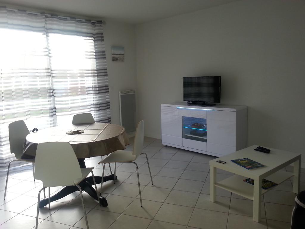 location d 39 appartement meubl sans frais d 39 agence bordeaux 680 53 m. Black Bedroom Furniture Sets. Home Design Ideas