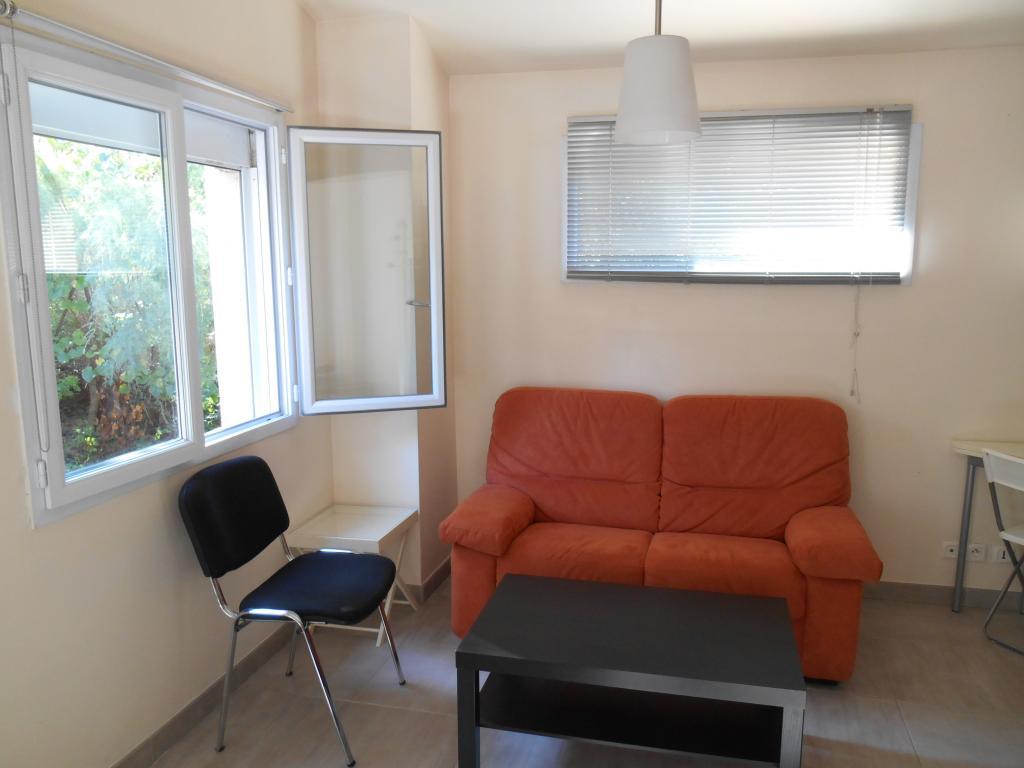 Location d 39 appartement t1 meubl de particulier for Achat maison aix en provence entre particuliers