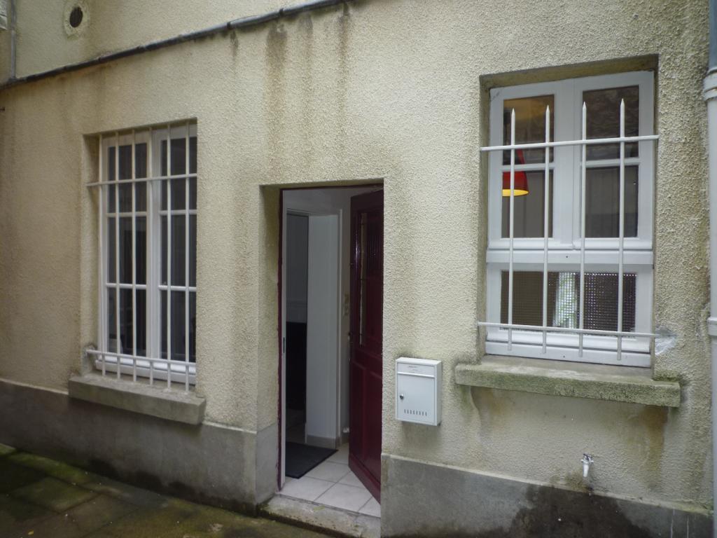 Entre particulier versailles appartement de 25m for Location chambre etudiant versailles