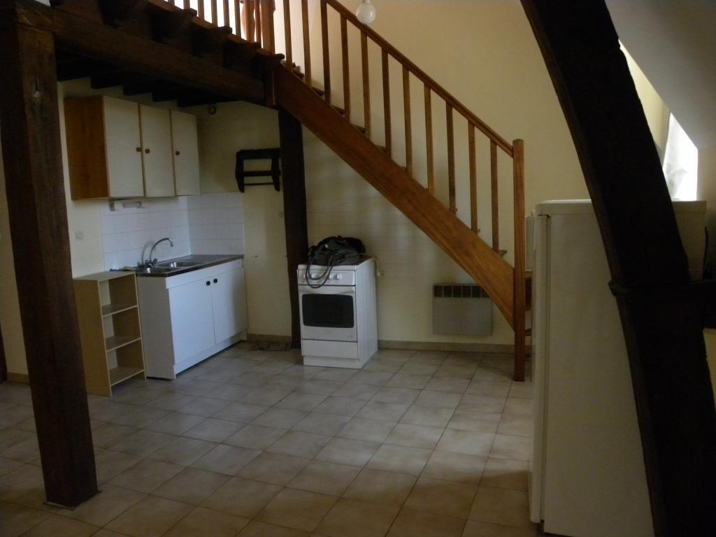 Entre particulier , appartement, de 45m² à Paroy-sur-Tholon