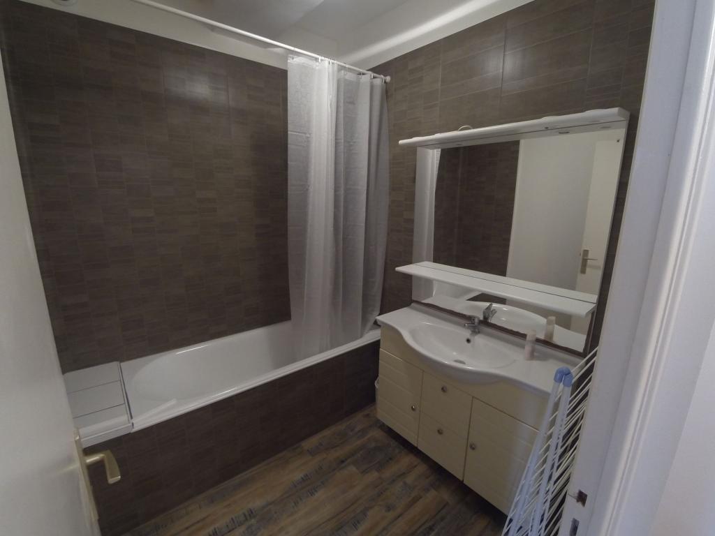 Location d 39 appartement t2 meubl sans frais d 39 agence for Location meuble brest
