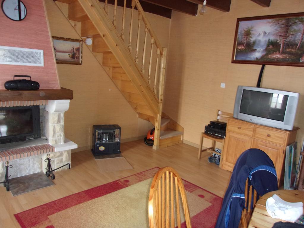 location de maison meubl e de particulier particulier elven 800 100 m. Black Bedroom Furniture Sets. Home Design Ideas