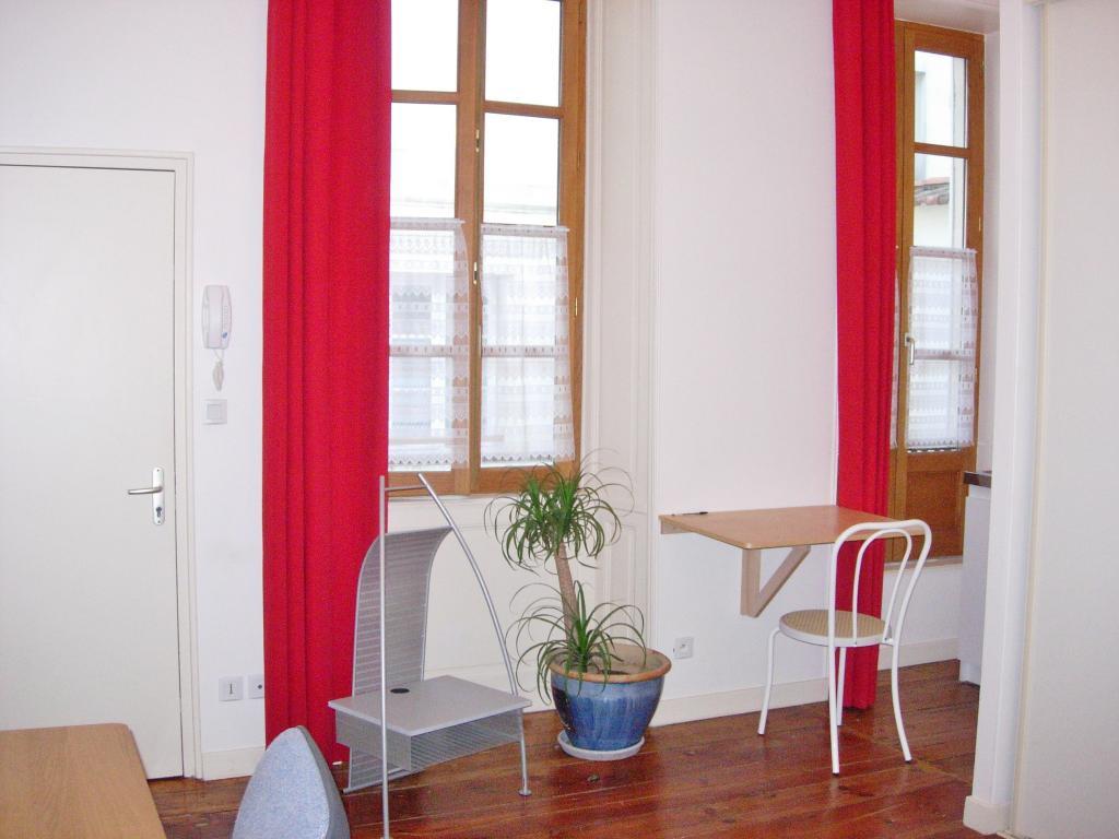 Location de studio meubl entre particuliers la rochelle 543 24 m - Studio meuble la rochelle ...