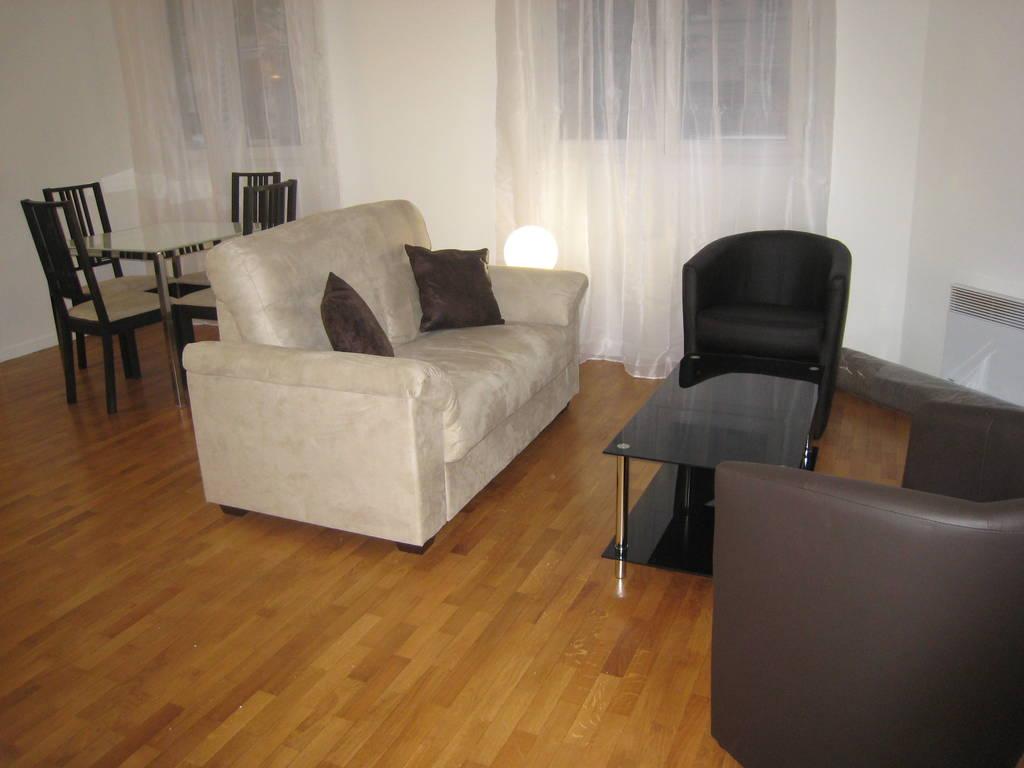 Location de particulier à particulier, appartement, de 45m² à Issy-les-Moulineaux