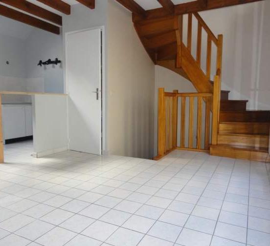 location d 39 appartement sans frais d 39 agence reims 589 47 m. Black Bedroom Furniture Sets. Home Design Ideas