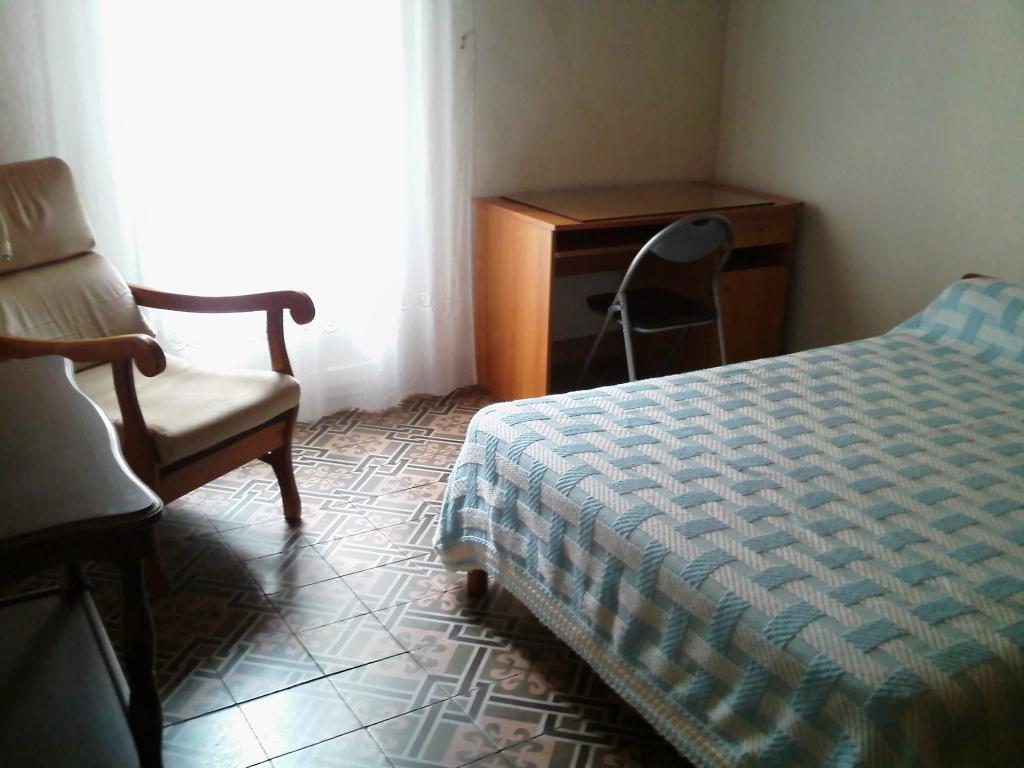 location appartement clermont l 39 herault de particulier particulier. Black Bedroom Furniture Sets. Home Design Ideas