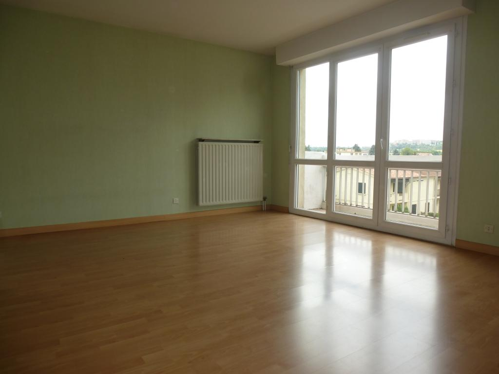 location d 39 appartement t1 de particulier toulouse 530 32 m. Black Bedroom Furniture Sets. Home Design Ideas