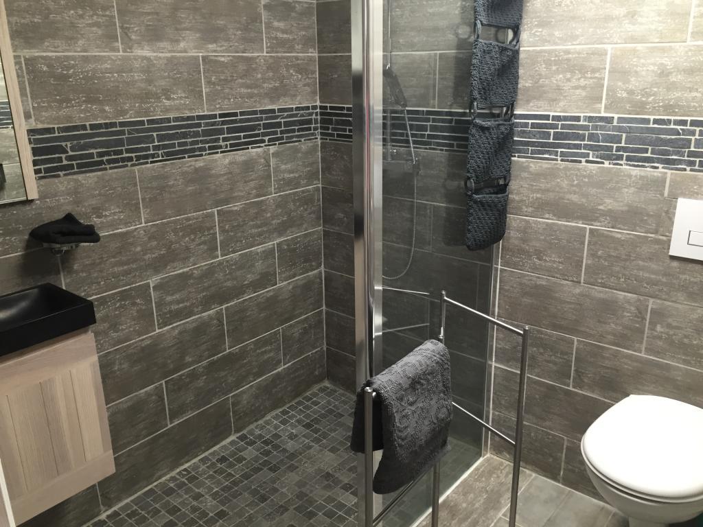 location d 39 appartement t2 meubl de particulier marseille 13013 600 28 m. Black Bedroom Furniture Sets. Home Design Ideas
