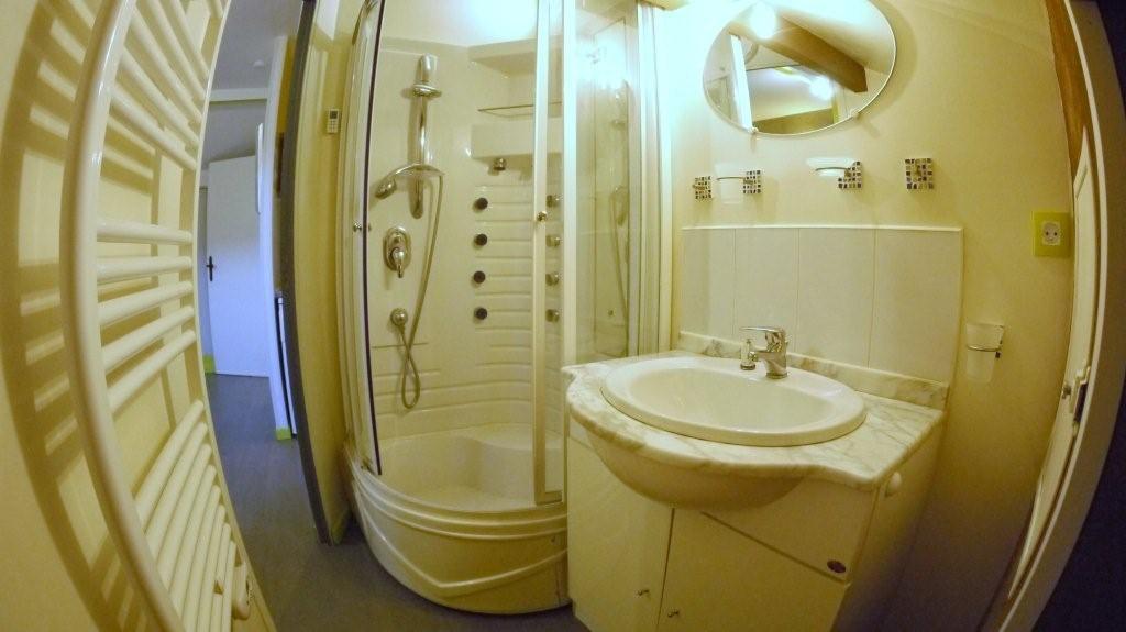 location d 39 appartement t2 meubl de particulier. Black Bedroom Furniture Sets. Home Design Ideas