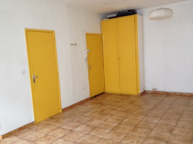 Location appartement T1 Marseille 05 - Photo 2
