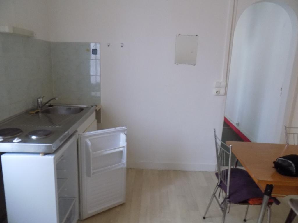location d 39 appartement t1 meubl entre particuliers rouen 470 25 m. Black Bedroom Furniture Sets. Home Design Ideas