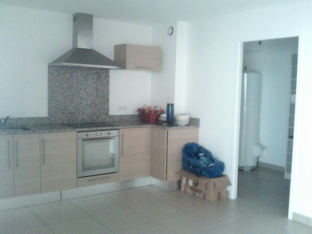Location d 39 appartement t4 de particulier perpignan 870 for Location appartement atypique perpignan