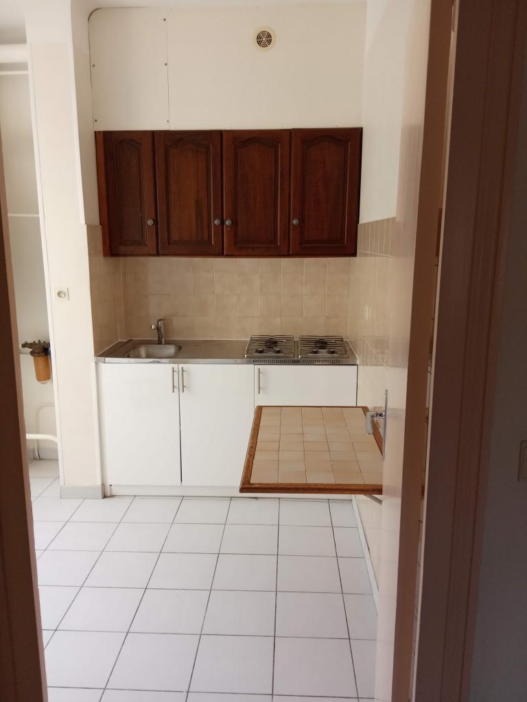 Appartement particulier à Décines-Charpieu, %type de 70m²
