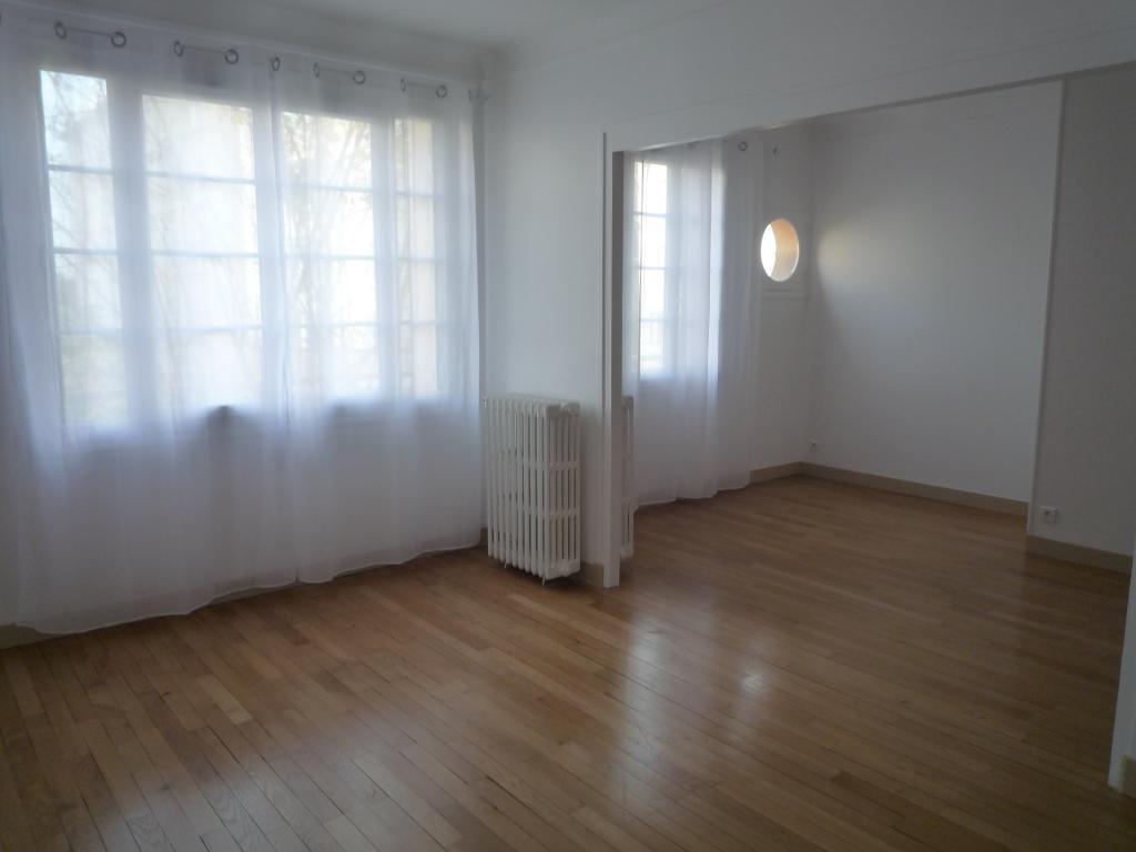 De particulier à particulier, appartement à Rueil-Malmaison, 70m²