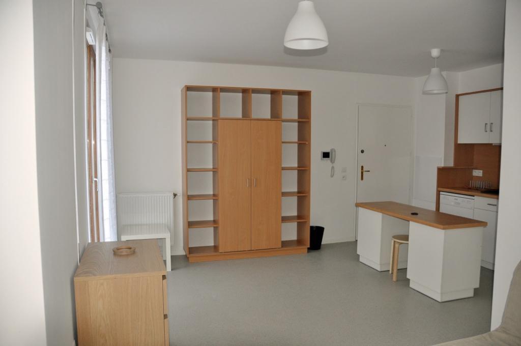 Entre particulier à Villebon-sur-Yvette, studio, de 30m² à Villebon-sur-Yvette