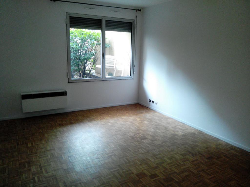 Location de particulier à particulier, appartement, de 70m² à Vanves