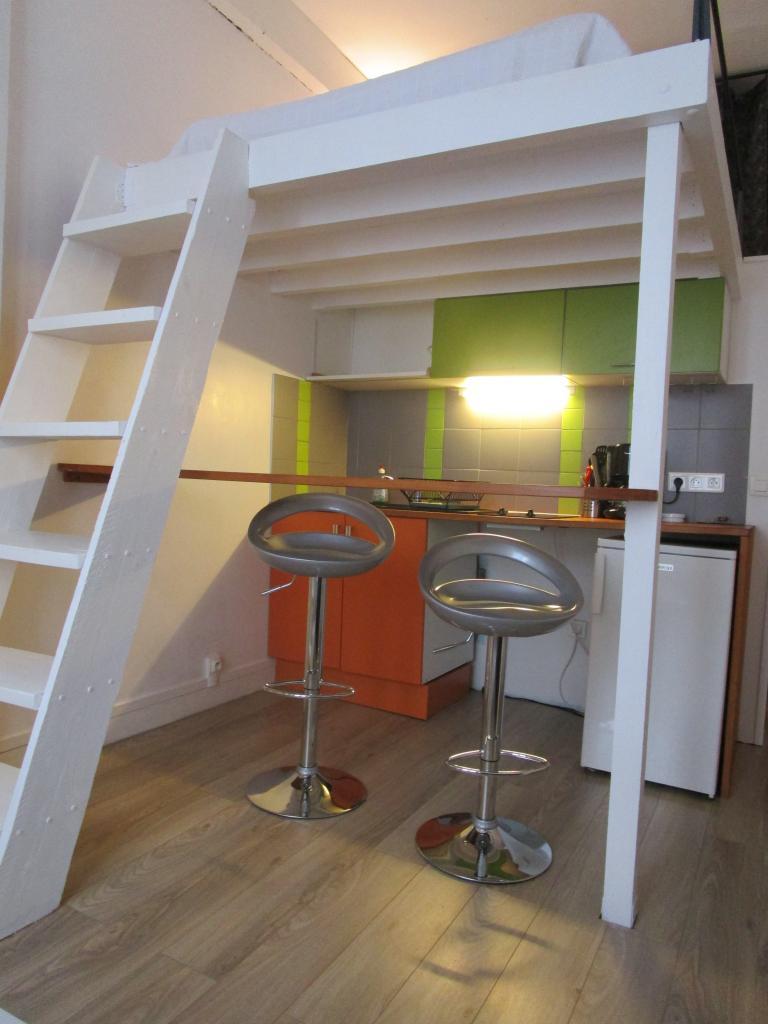 Appartement particulier, studio, de 17m² à Paris 20